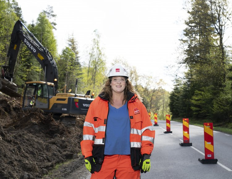 Elise Ekliden, Veidekke Entreprenad