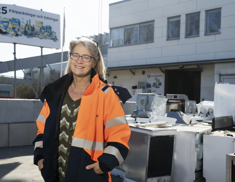 Lia Detterfelt, Renova