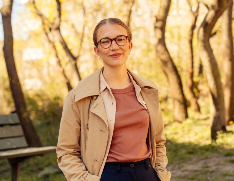 Stora utvecklingsmöjligheter och varierande uppdrag får traineen Hanna Hartikainen att trivas på ASSA ABLOY.